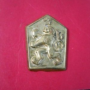 Other - Rampant Lion Military Crest Enamel Button/Pin
